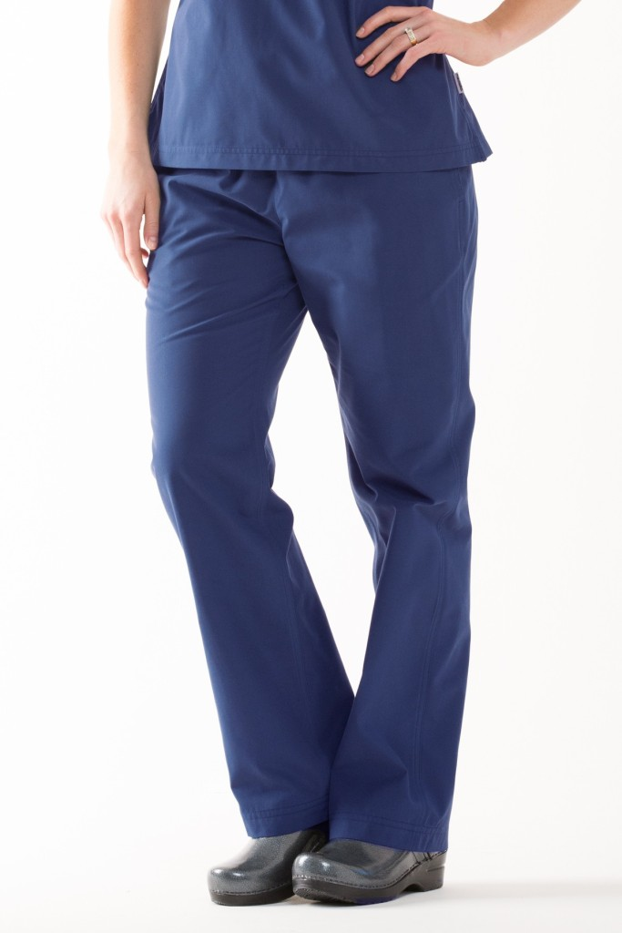 img-womens-modern-scrub-pants-model-estate-blue-front