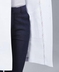 vera_lab coat_detail2