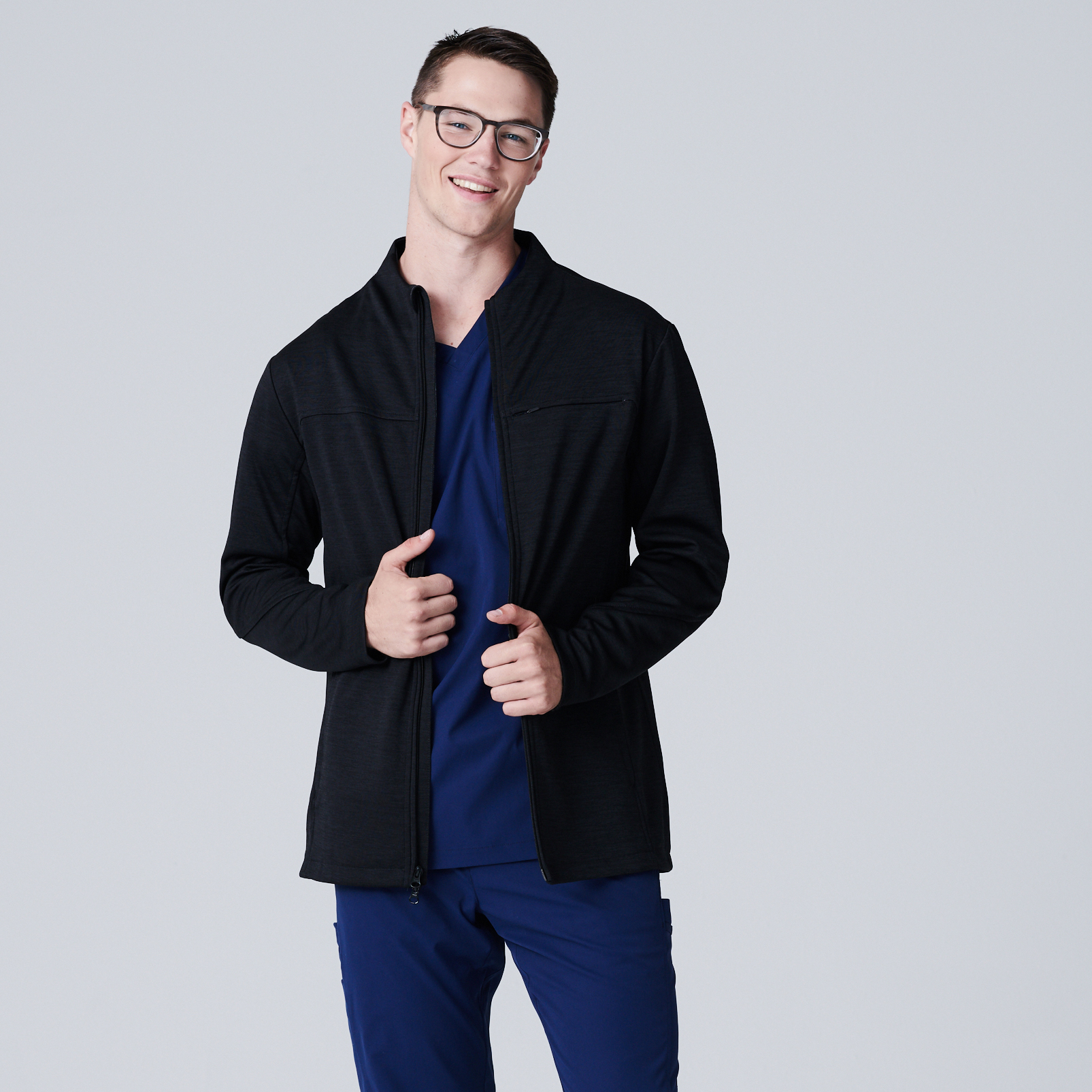 035210f2028 It comes in two colors: Black and Navy. Nursing Scrub Jacket